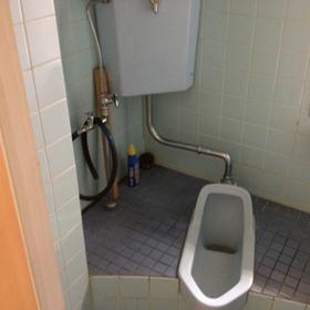 トイレ工事 Before